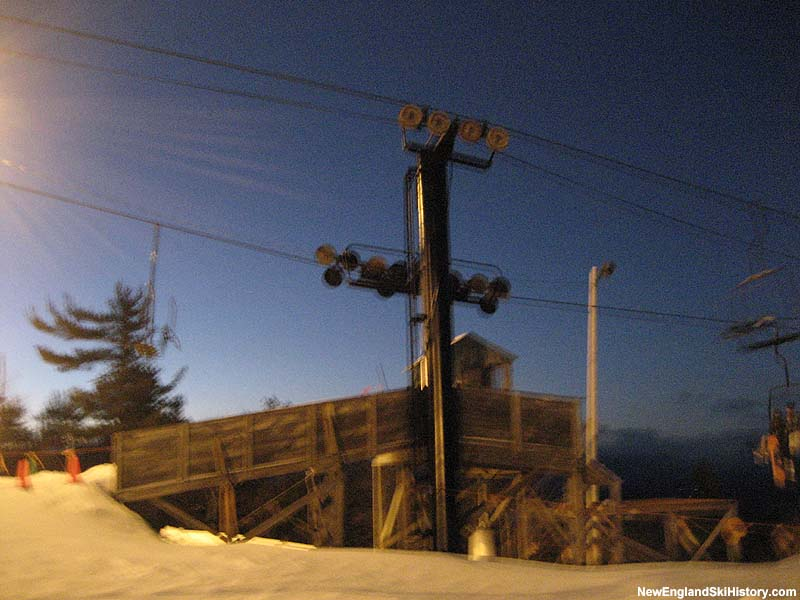 The Summit Triple mid station in 2007