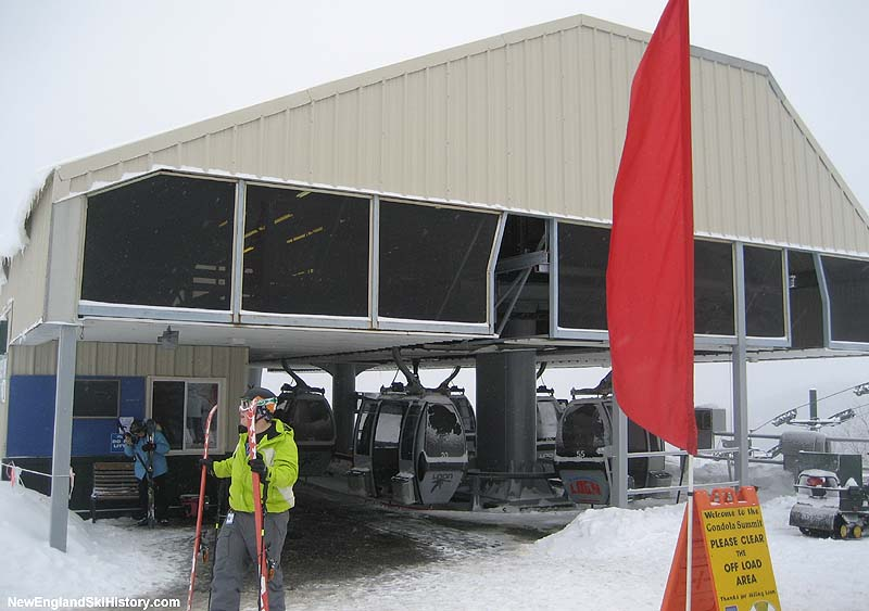 The Loon Gondola top terminal in 2008